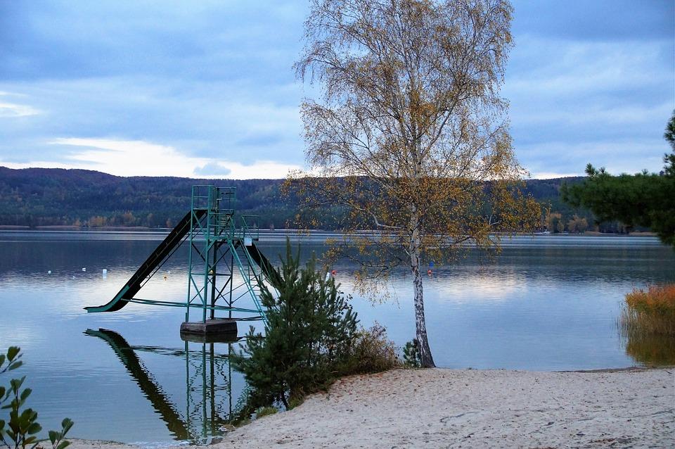 Máchovo jezero pláž Klůček