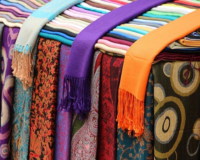 barevné šály