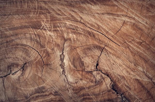 dřevo je nejlepším materiálem pro výrobu postelí